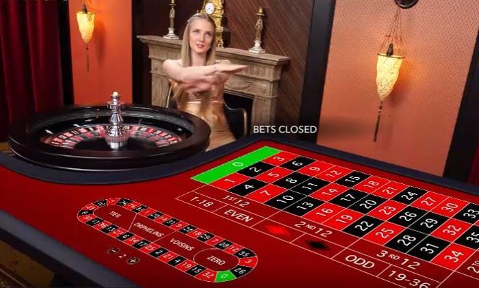 Live Roulette hos Evolution Gaming.